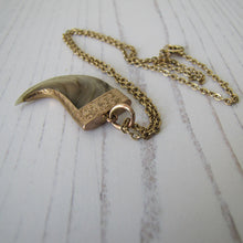 Load image into Gallery viewer, Victorian Indian Raj 15ct Gold Tiger Claw Pendant