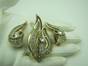 Vintage 1950's Kramer New York Brooch & Earring Set. - MercyMadge