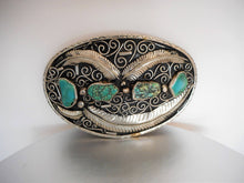 Charger l'image dans la galerie, Huge Native American Silver & Turquoise Trophy Belt Buckle - MercyMadge