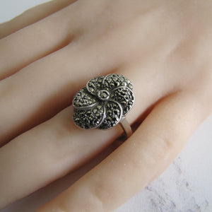 Art Deco Silver Marcasite Flower Ring. - MercyMadge