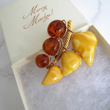 Load image into Gallery viewer, Vintage 1930s 9ct Gold Carved Cherries Baltic Amber Brooch - MercyMadge