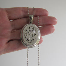 Load image into Gallery viewer, Sterling Silver 'In Memory Of' Antique Mourning Locket - Mercy Madge