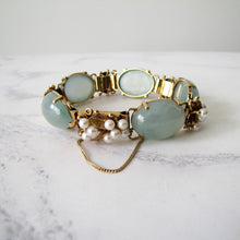 Load image into Gallery viewer, Mings Of Honolulu 14K Gold Jade And Pearl Bracelet. - MercyMadge