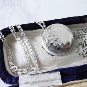 Vintage Sterling Silver Locket Necklace, Engraved Ferns. - MercyMadge