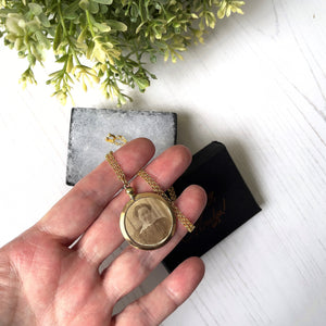 Antique Victorian 9ct Rolled Gold Photo Locket. Double Sided Glass Photo Pendant With Portrait & Lock of Hair. Round Locket  With Chain