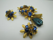 Load image into Gallery viewer, 1940s DeMario New York Brooch & Earring Set - MercyMadge