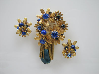 1940s DeMario New York Brooch & Earring Set - MercyMadge