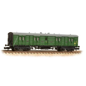 Graham Farish 374-631a SR Bogie B Luggage Van BR (SR) Green