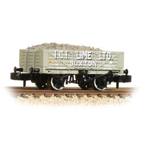 Graham Farish 377-031 5 Plank Wagon Steel Floor 'ICI' (Lime) Ltd.' Grey with load