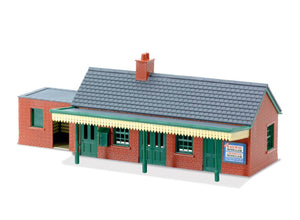 PECO LK-12 Country Station (Brick) OO Scale Plastic Kit