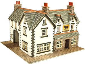 METCALFE PN128 N SCALE COACHING INN