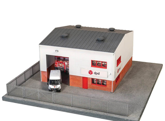Wills Modern SSM322 Modern DPD Distribution Depot OO Scale Plastic Kit