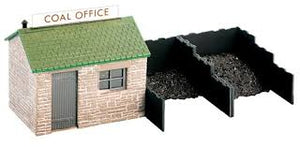 Wills SS15 Coal Yard & Hut OO Scale Plastic Kit