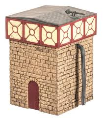 Wills SS34 Water Tower And Stone Base OO Scale Plastic Kit