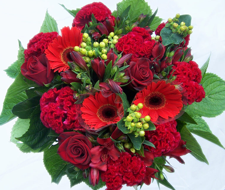 SIMPLY RED BOUQUET MOTHERS DAY
