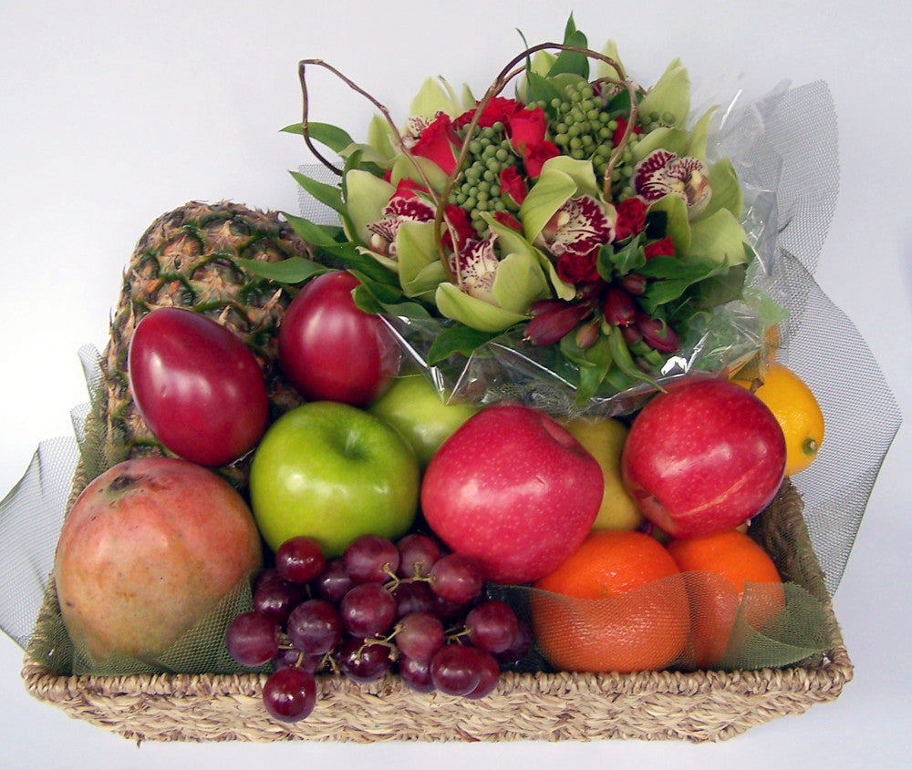 FRUIT TRAY AND POSY