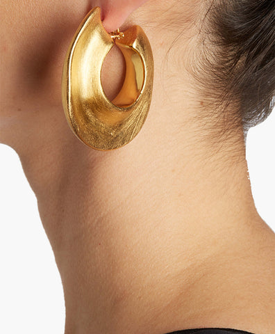 GOLD EYE HOOP EARRINGS