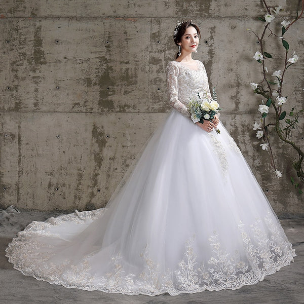 2020 Wedding Dress with Luxury Train