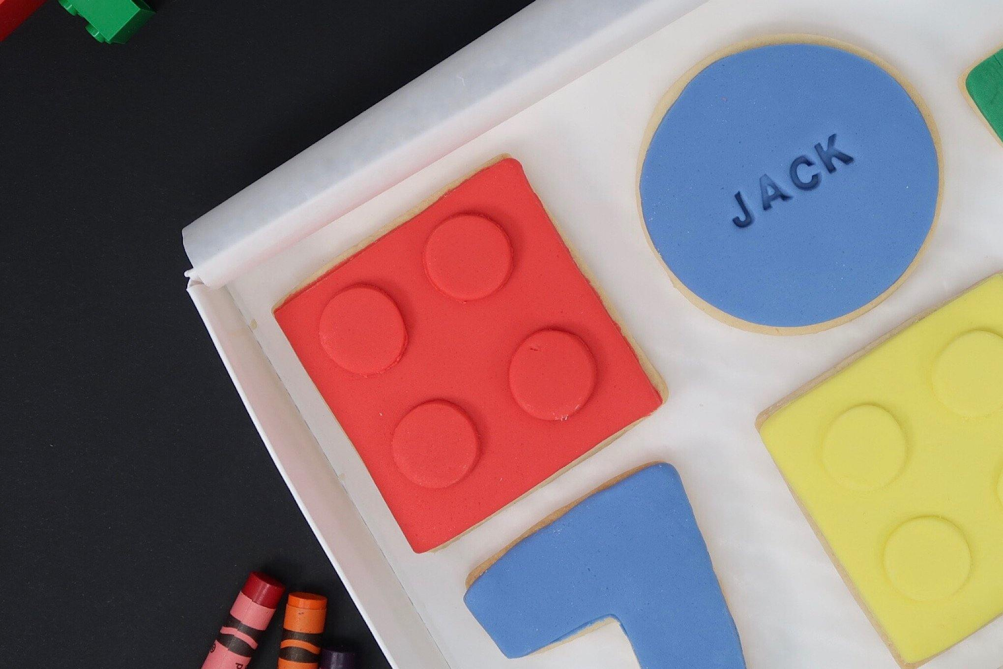 Lego birthday party, lego birthday cookies