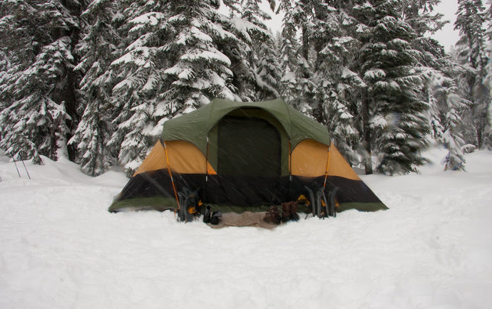 How to Camp in the Winter - Gear, Tips, & Safety for Winter Camping