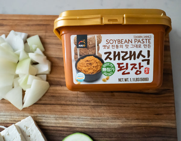 Doenjang korean soybean paste camp ingredient