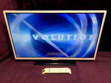 "Load image into Gallery viewer, JVC LT-32C346 32"" 720p HD TV DVD 3months warranty"