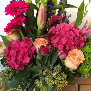 beautiful seasonal flower arrangement same day delivery