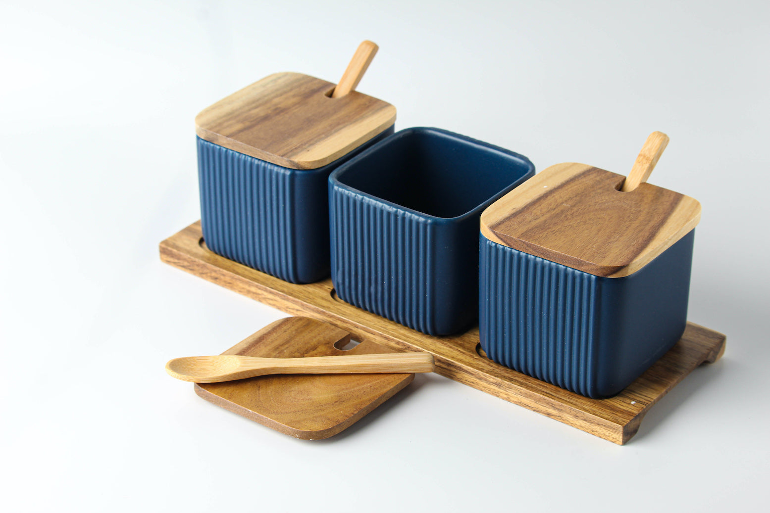 Set of 3 Condiment Ceramic Jars with Wood Lid, Spoon and Tray (Blue)