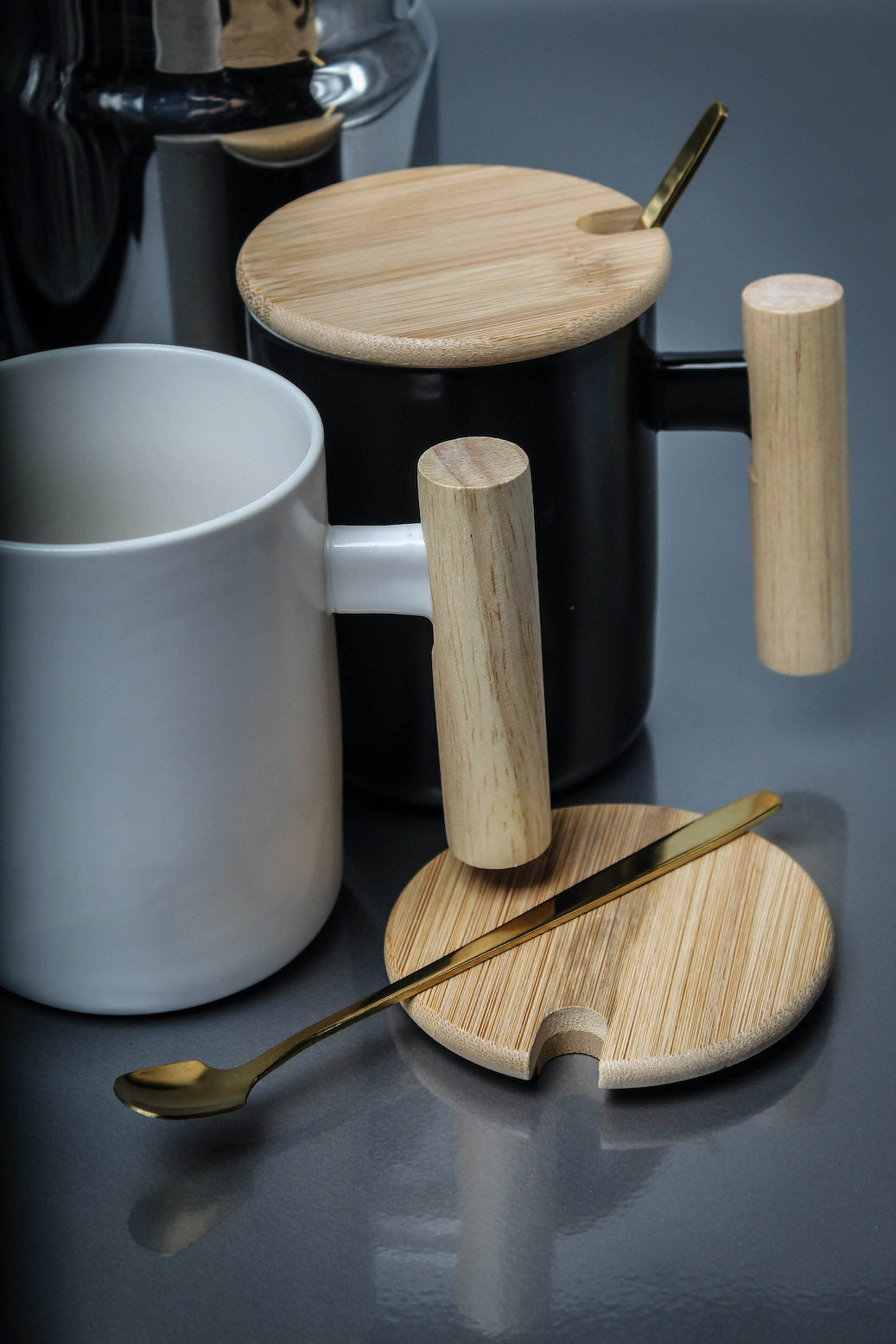 Ceramic Mug with Bamboo Lid and Metal Spoon (Green)