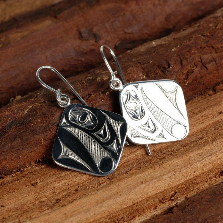 Silver Raven Steals the Light Diamond Shape Earrings