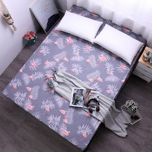 Load image into Gallery viewer, Dreamworld Flamingos Printing Bed Sheet Lovely Bear Fitted Sheet with Elastic for Child Polyester Brushed Mattress Protector