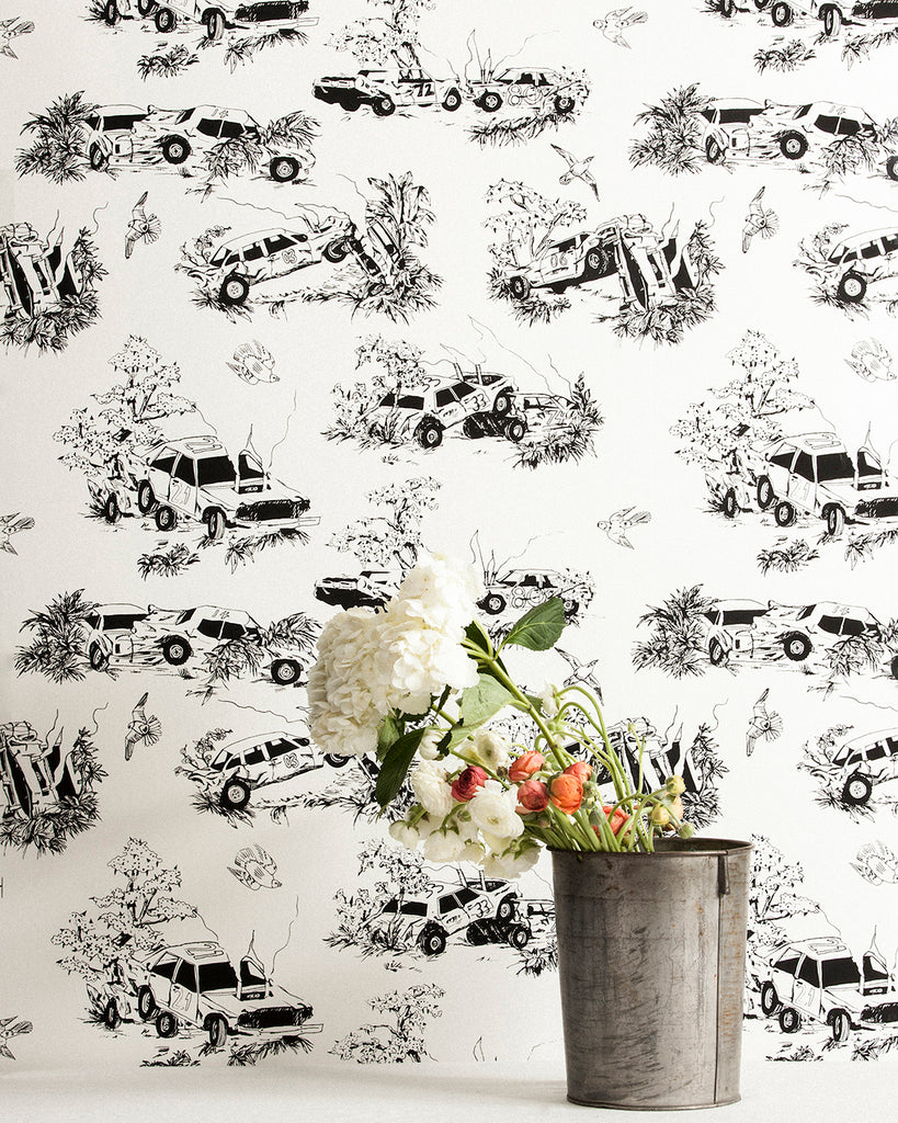 Toile de Derby - Sandbagging Wallpaper