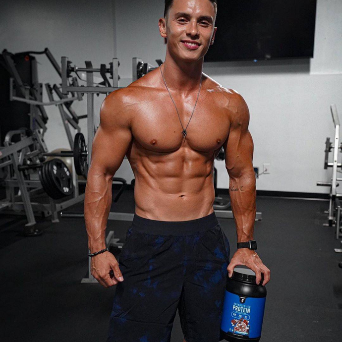 Workout Wednesday Abs With Christian Fleenor