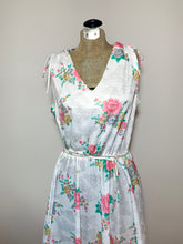 Load image into Gallery viewer, Vintage Floral Summer Dress