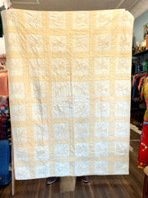 Load image into Gallery viewer, Vintage Yellow Bird Quilt