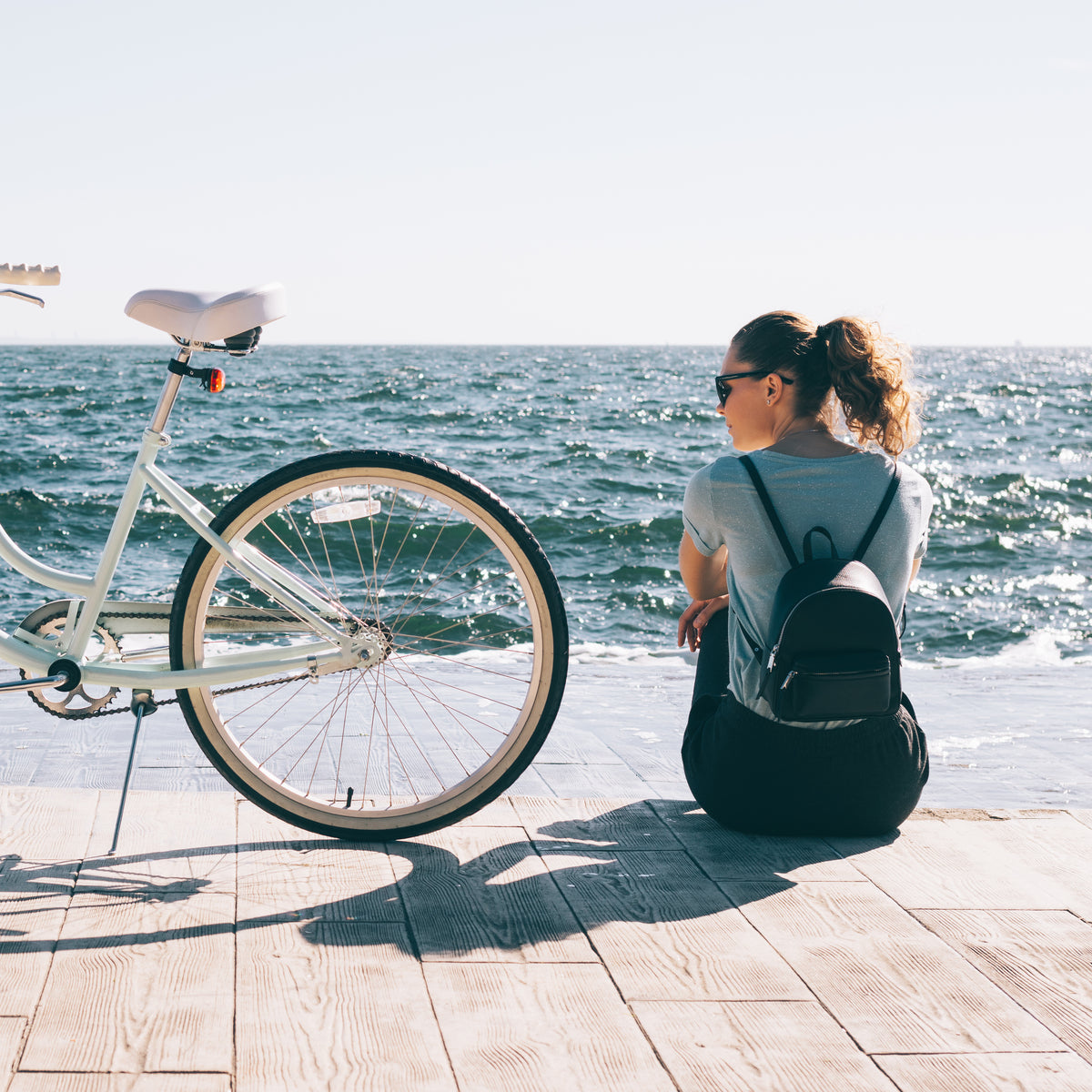 Buying Guide: 10 Must-Have Beach Cruiser Accessories