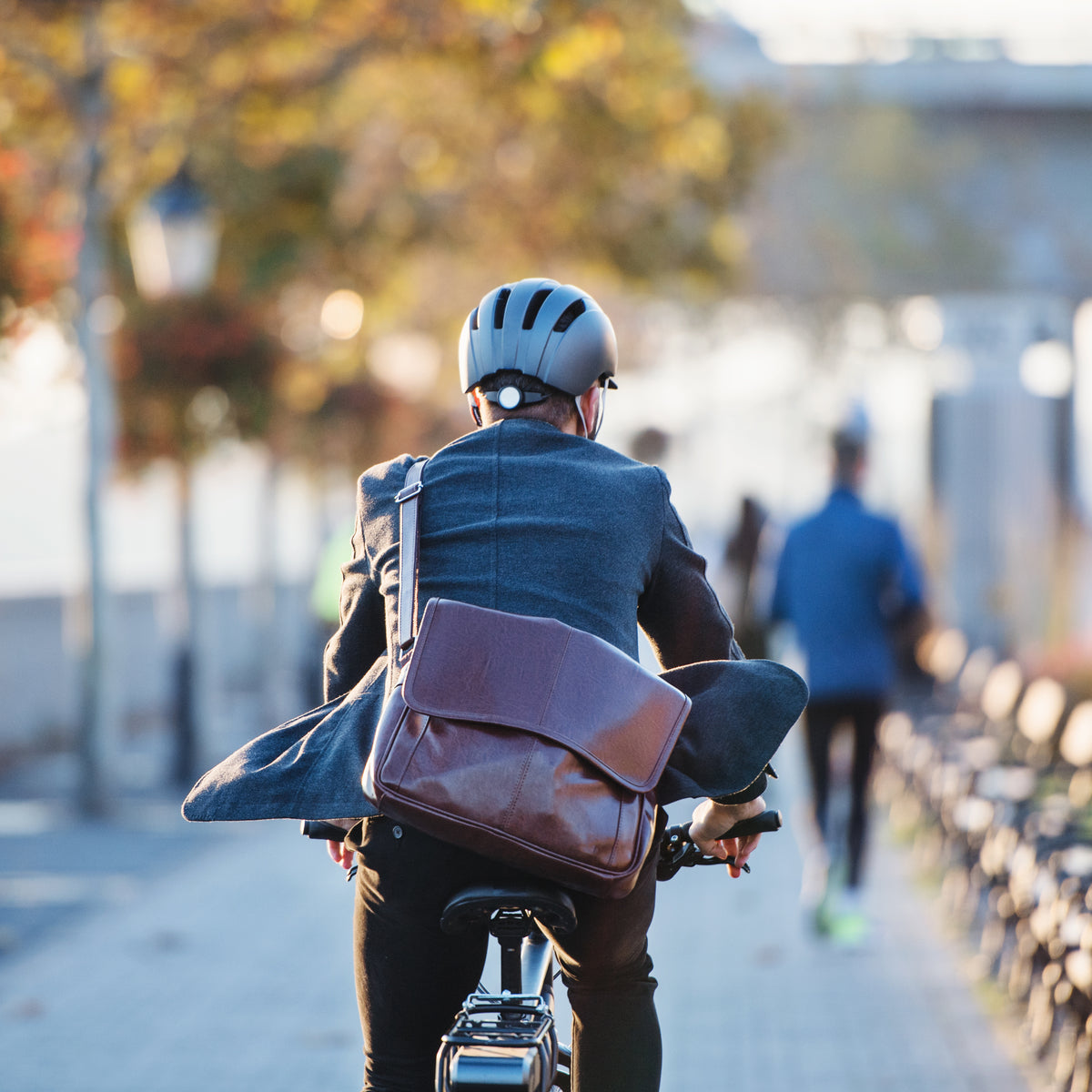 Top 10 Reasons Commuters Should Consider an Electric Bike