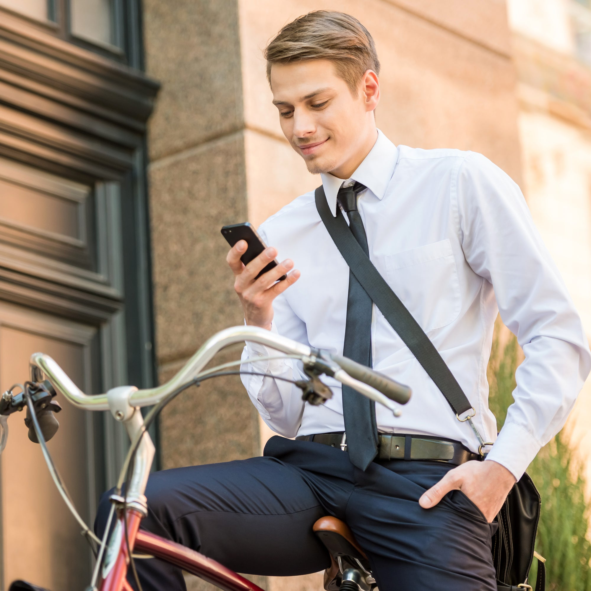 How To Transition From Bike To The Office In 10 Minutes