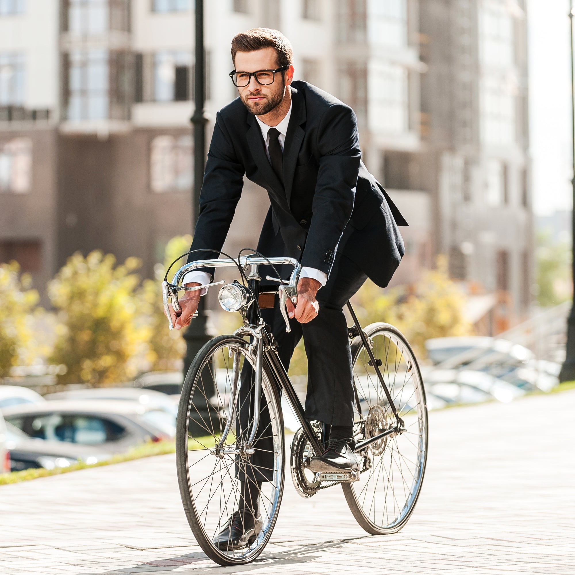 Bicycles For Men Who Commute In A Suit