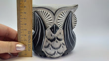 Load image into Gallery viewer, Owl decorative wooden figurine
