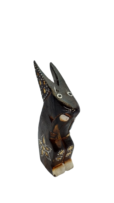 Figurine rabbit wooden