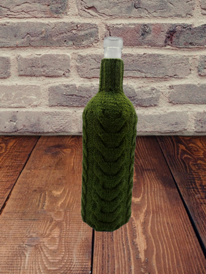 Knitted sweater for bottle of wine, wine bottle accessory