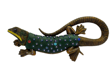 Decorative ceramic lizard