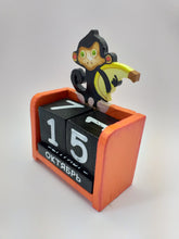 Load image into Gallery viewer, Wooden calendar monkey