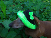 Load image into Gallery viewer, Knitted summer panama for dog, panama for dachshund, summer hat for dog