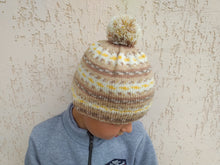 Load image into Gallery viewer, Knitted winter hat with pom pom for women, knitted hat for teenager with pom pom