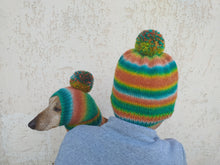Load image into Gallery viewer, Set of hats with pom-pom for mom and dachshund, set of knitted hats with pom-pom for hostess and dog
