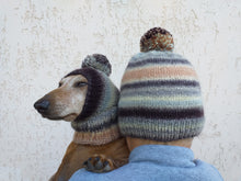 Load image into Gallery viewer, Mistress and dog set of knitted hats with pompom, women's hat and hat for dog