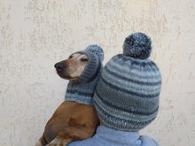Load image into Gallery viewer, Hats with pom-poms for the hostess and the dachshund set