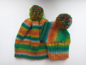 Set of hats with pom-pom for mom and dachshund, set of knitted hats with pom-pom for hostess and dog